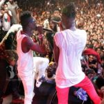 Watch Video: Stonebwoy Performs with Shatta Wale at Ashaiman to da World Concert